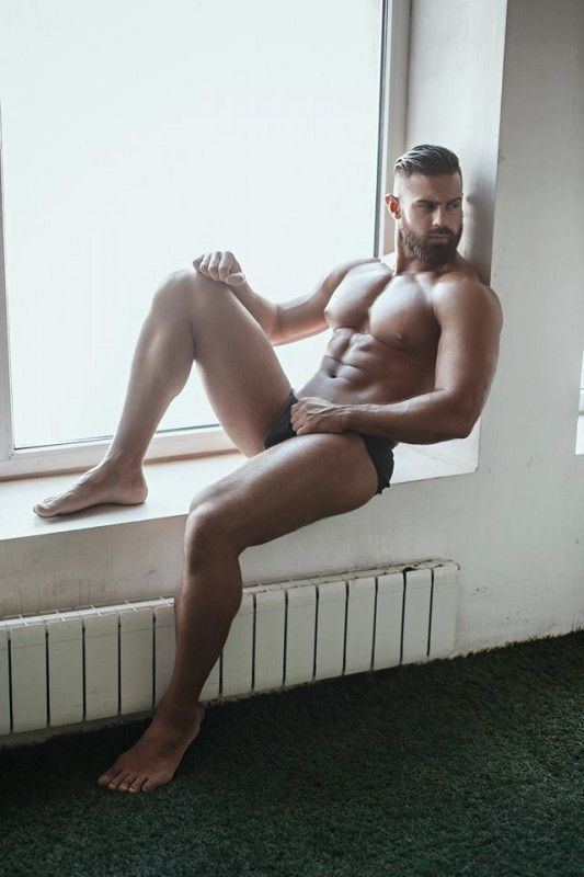 Fotos quentes do modelo Konstantin Kamynin 12