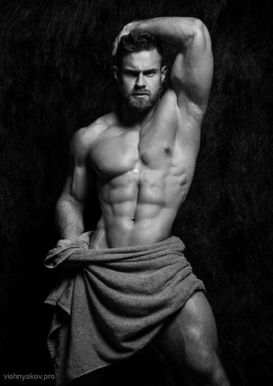 Fotos quentes do modelo Konstantin Kamynin 21