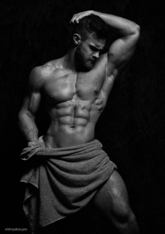Fotos quentes do modelo Konstantin Kamynin 22