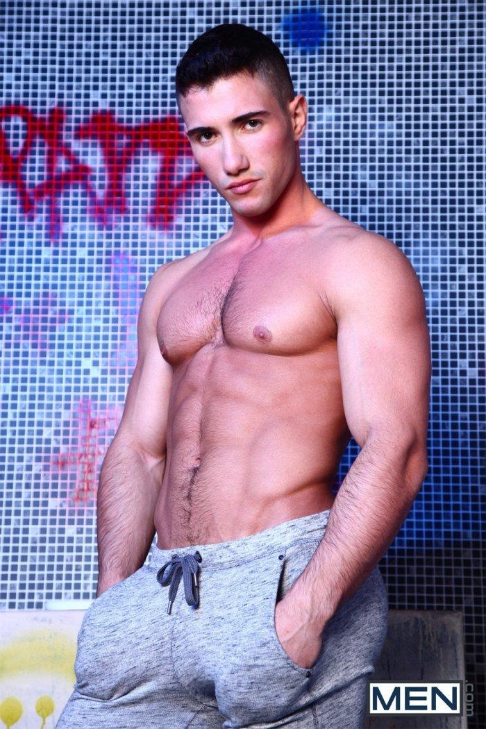 Homens nus - Marco Rubi na MEN.com 1