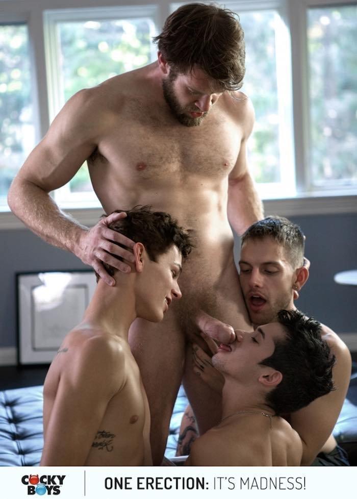 Suruba gay com Colby Keller e seus amigos 1
