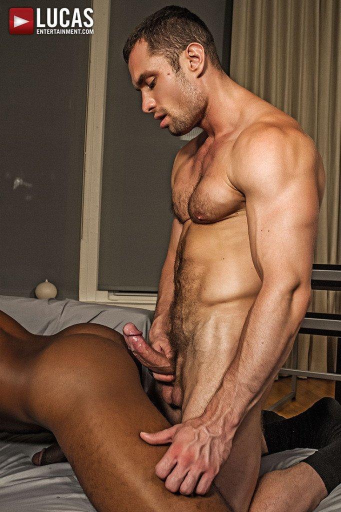 Homens tarados fazendo troca troca gay 1