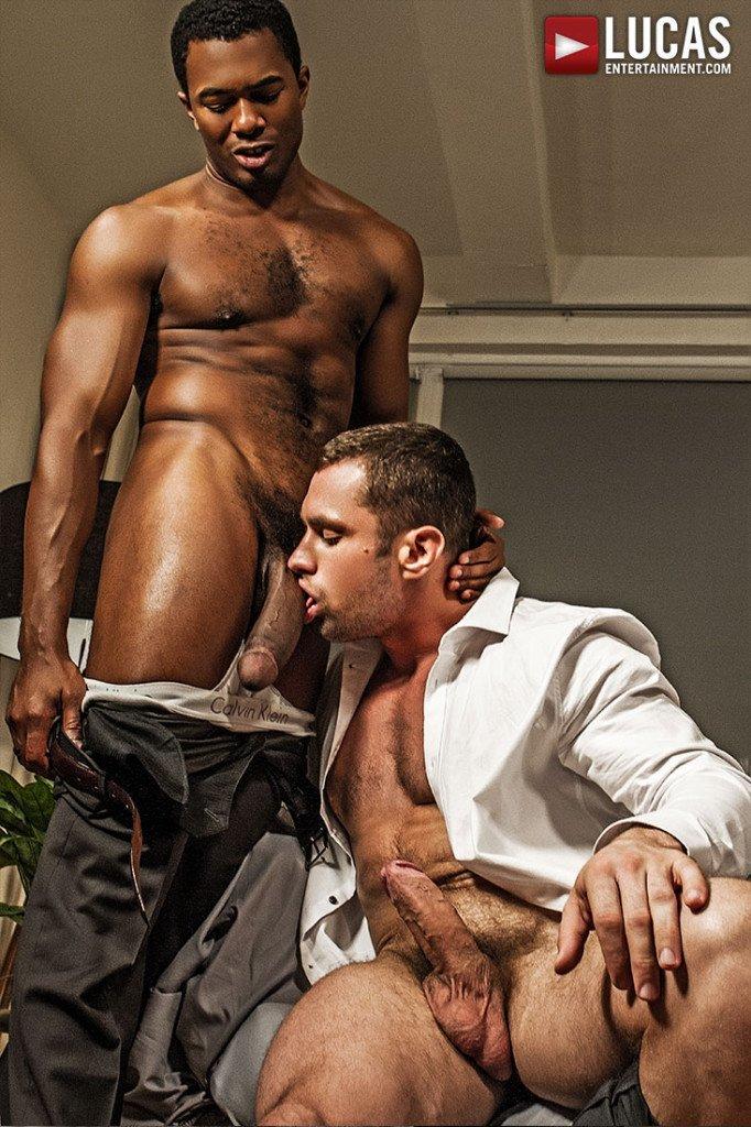 Homens tarados fazendo troca troca gay 12